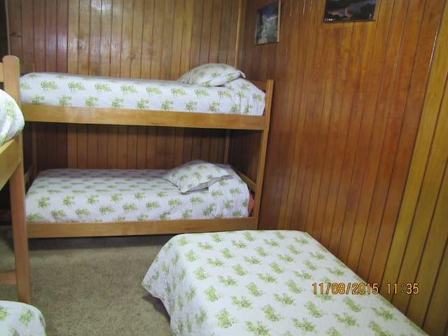Dormitorio #2, Mixto, Compartida 5 personas.