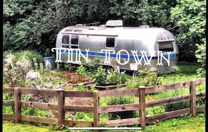 Tin Town