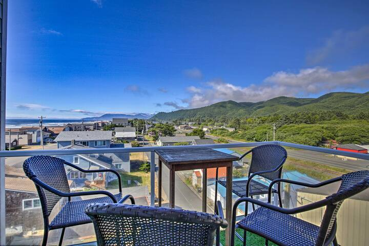 NEW! 5th-Floor Oregon Coast Condo w/Stunning Views