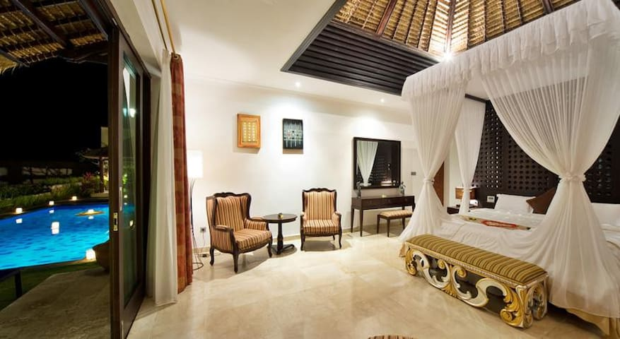 BEAUTIFUL ONE BEDROOM PRIVATE POOL VILLA