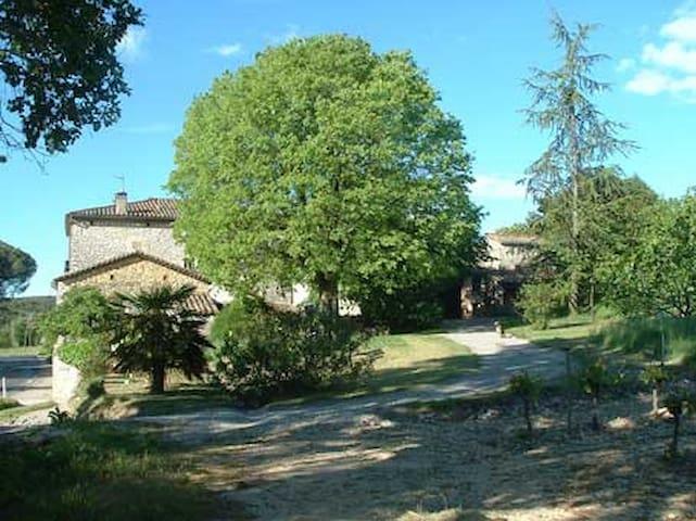 Studio indépendant près d'Anduze, Cévennes - Tornac - Apartamento
