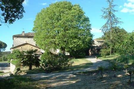 Studio indépendant près d'Anduze, Cévennes - Tornac - Lejlighed