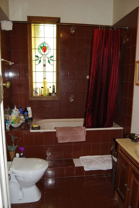 A view of the bathroom from the door way.