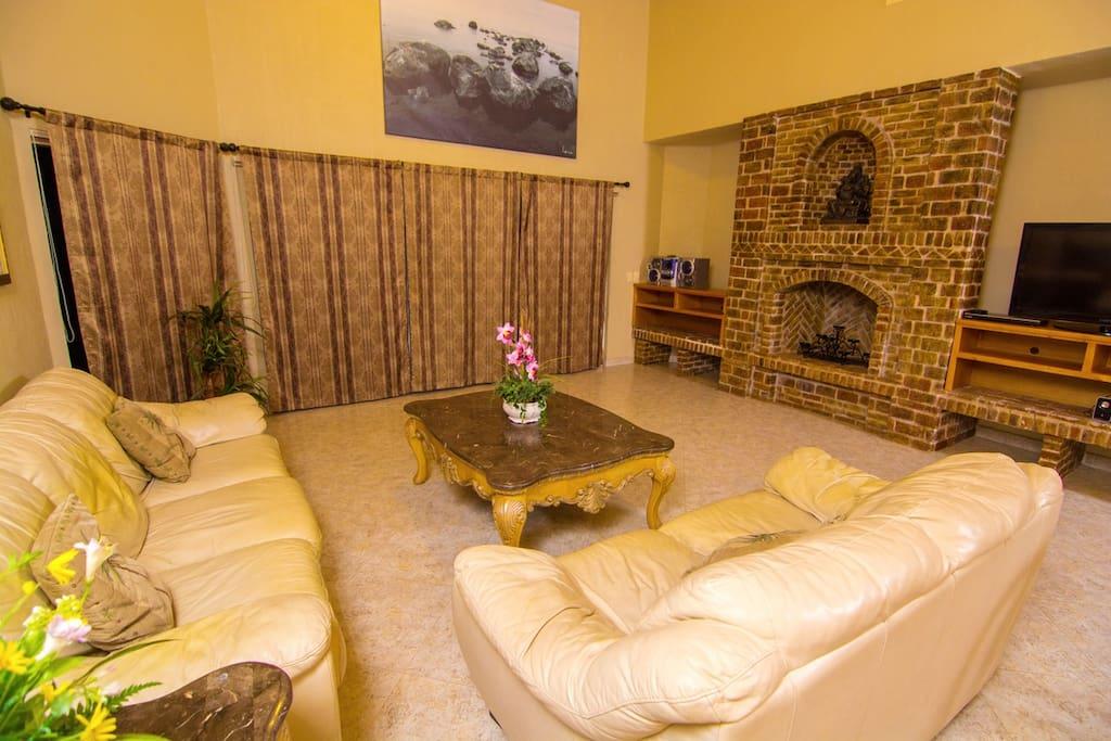 Indoors,Room,Art,Bedroom,Furniture