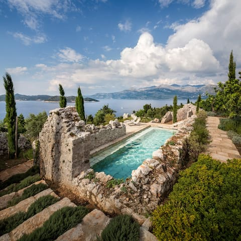 Oasis on the Dalmatian Coast - Lopud - Casa