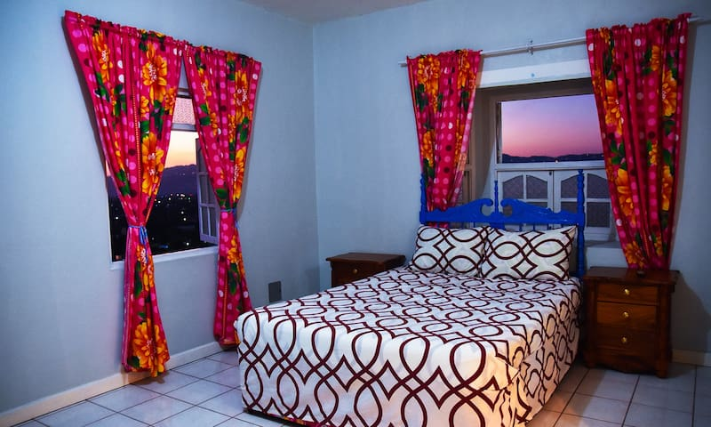 Enjoy the view of Kingston City from your bedroom!!!