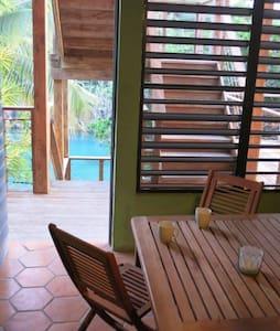 SOLE-SOLE  waterfront APT in CASA CORAL for 6 - Culebra