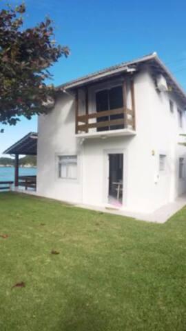 Casa aconchegante frente Mar - Governador Celso Ramos - Casa