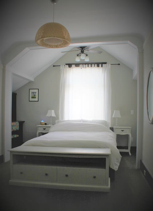 First bedroom: beautiful lofted ceiling