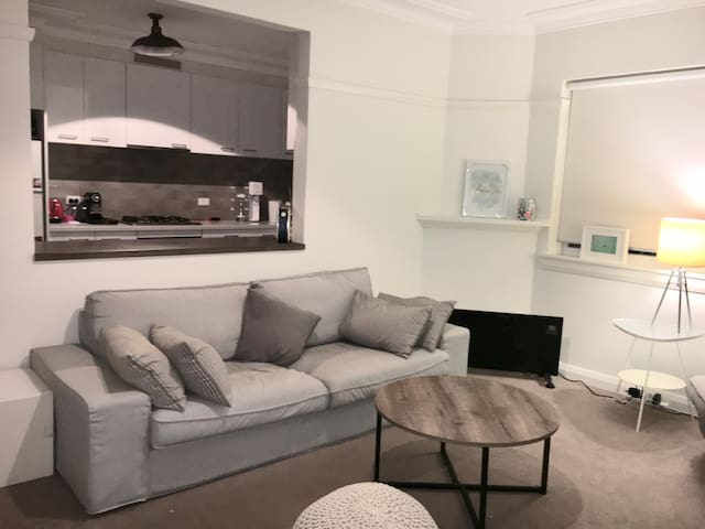 Clean & modern double bedroom at Bondi Beach