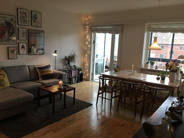 Lækker og rummelig lejlighed i Aarhus