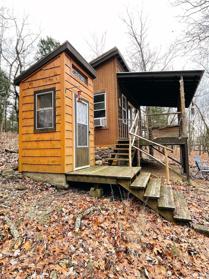 Tiny Hunting Cabin at Wild Acres Bluff
