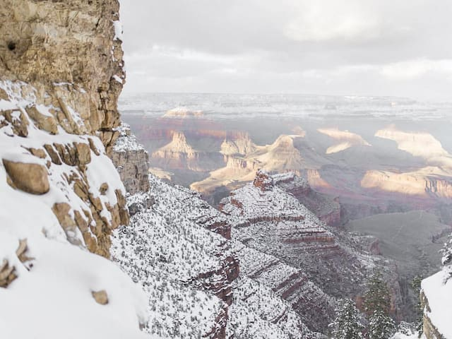 Only 1.5 hours to the beautiful Grand Canyon National Park.