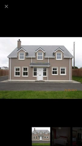Luxury 3 bed house near the beach - Burtonport - Ev