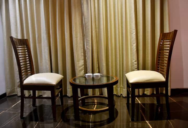 Suite room with Breakfast in Dahanu
