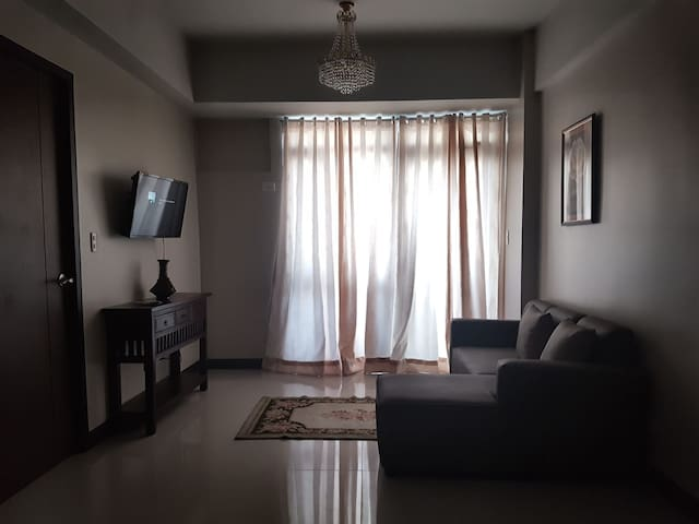 1 Cozy Bedroom Condominium with a view of Antipolo