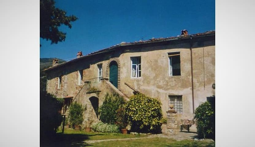 Romantic old house in the tuscan hills - Castello - Villa