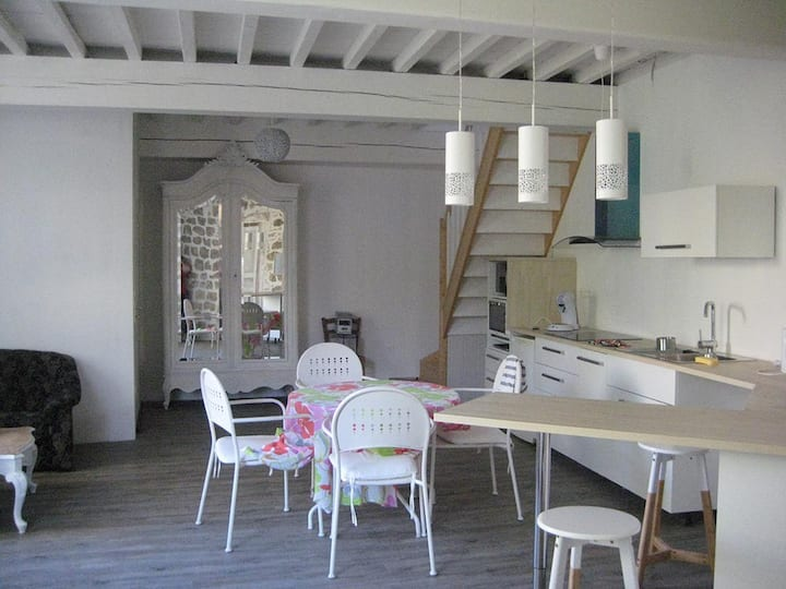 Bel appartement ensoleillé coeur de Saint Macaire