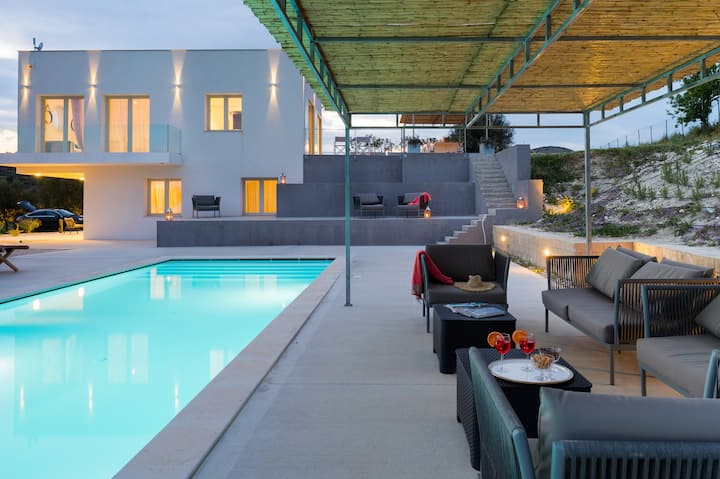 Private country villa with pool