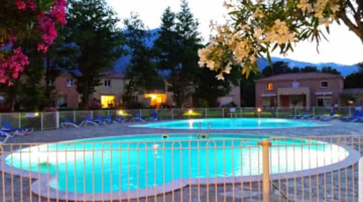 Appart T2 climatisé, piscines à Santa Maria-Poggio