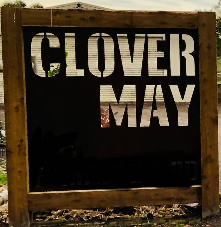 """""""Clover May"""" The Lucky Country"""