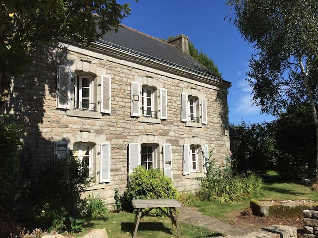 Holiday home at a Farm in the south of Brittany! - Scaër - Rumah