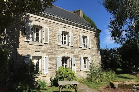 Holiday home at a Farm in the south of Brittany! - Scaër - Casa