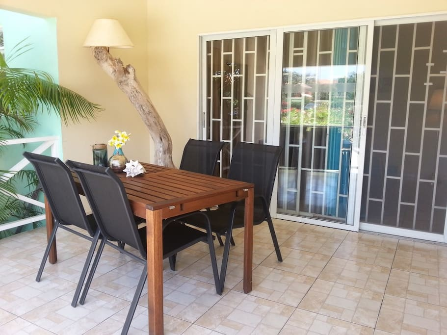 Porch with dining table