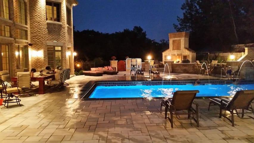 Lake Country Mansion
