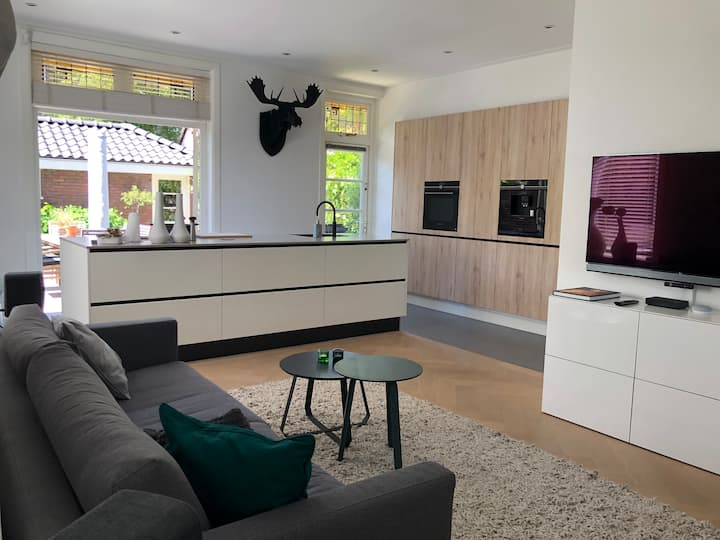 Stylish family house close to beach and Amsterdam.