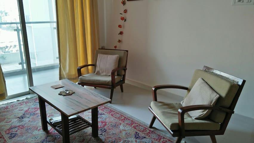 Independent apartment near Ginger hotel, Wakad. - Pimpri-Chinchwad