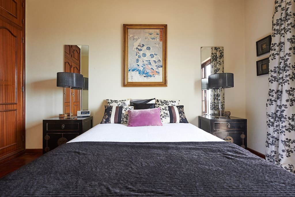 Private Bedroom for two with balcony Floor 1