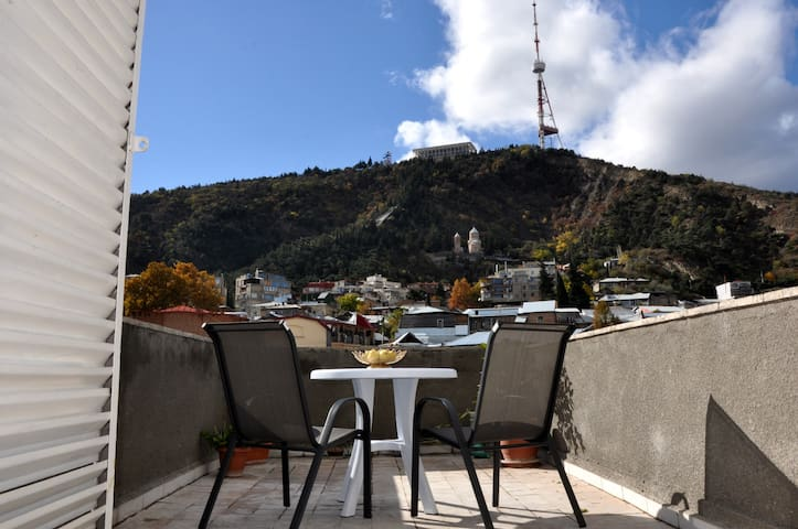 Amazing View Apartment in Old Town - Tbilisi - Lägenhet