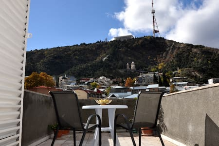 Amazing View Apartment in Old Town - Tbilisi - Appartamento