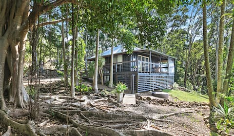 Beautiful, Peaceful, Australian designed Cottage
