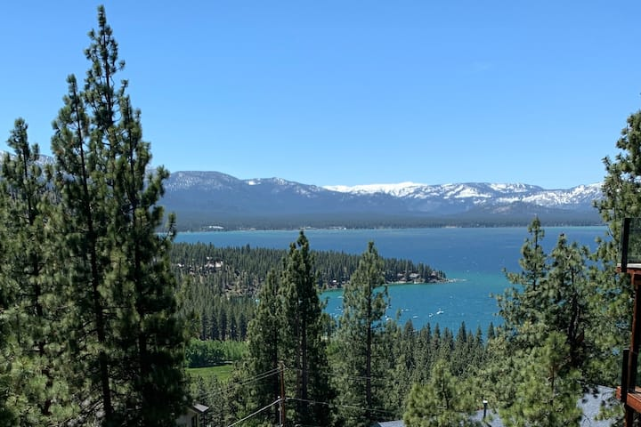 Zephyr Cove Lookout, Lake View