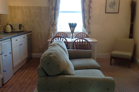 Caedmons Retreat  with Abbey View - Whitby - Appartement