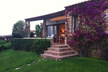 HOUSE NEXT TO THE SEA WITH AMAZING VIEUX - Punta Molara