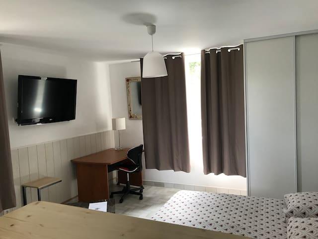 studio meublé  tout confort Golfech N°3