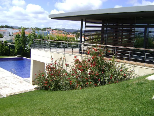 Luxury Apt Close to Cascais/Estoril/Sintra/Lisbon.