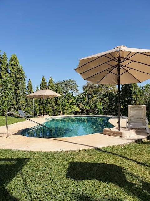 Agradable y relajante casa de playa con piscina