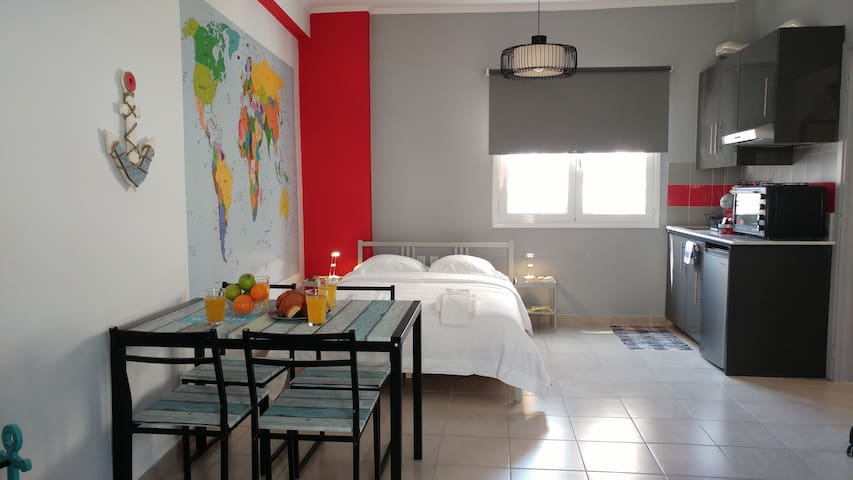 Aegean style, city center studio next to Acropolis - Athina - Appartement