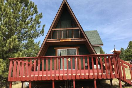 Cozy A-Frame in Tranquil Colorado Setting OFF GRID