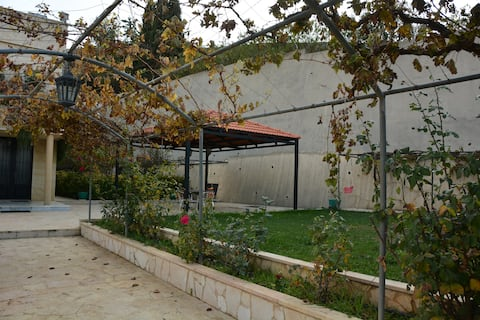 Beit Habib I - Entire house & garden