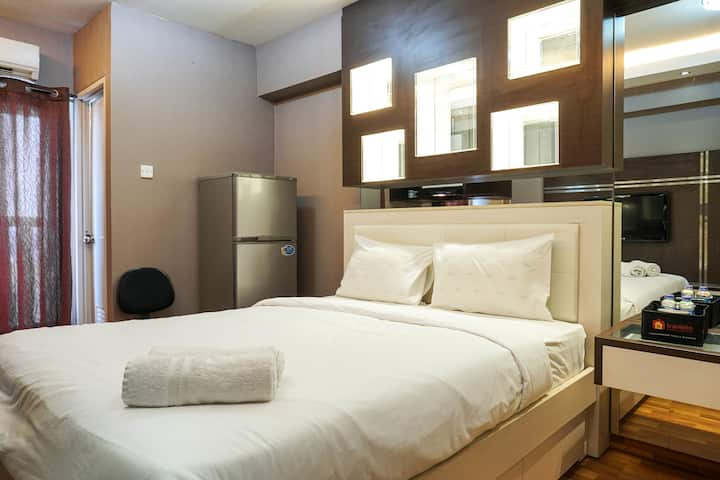 Comfortable Studio @ Green Bay Pluit Apartment