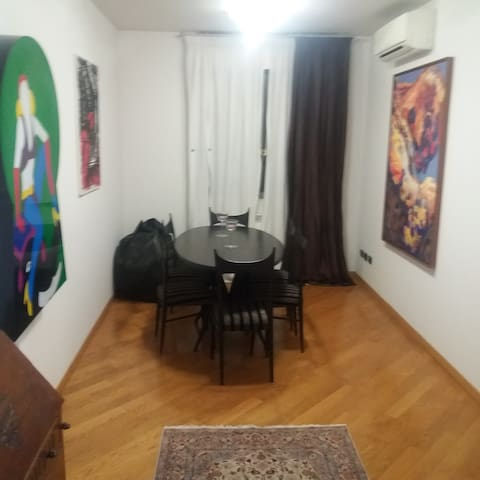 Appartamento centrale con finiture di pregio - Prato