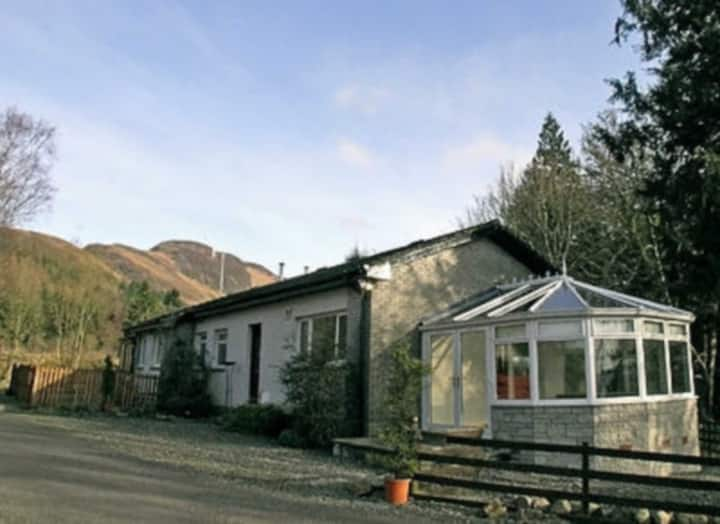 LOMOND VIEW COTTAGE (23974)
