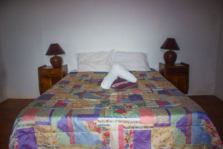 Caldeira Guesthouse - Quarto Belo - Fajã da Caldeira - Szoba reggelivel