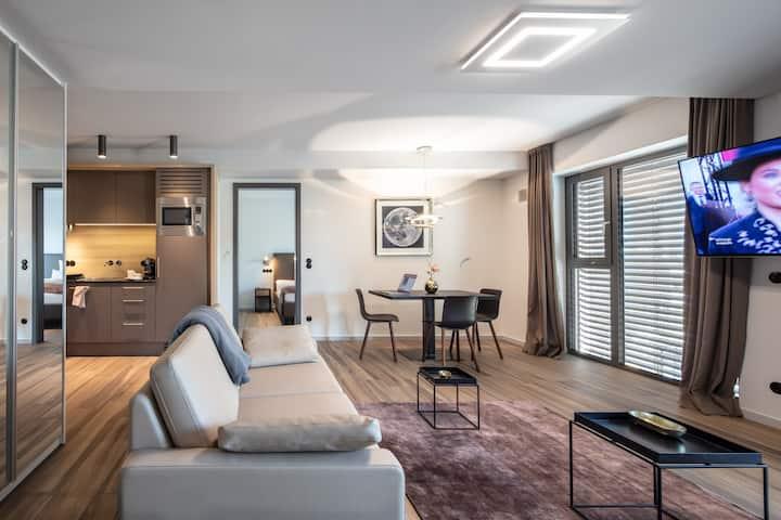 GRSU - 7,  Serviced Apartment, München, Munich