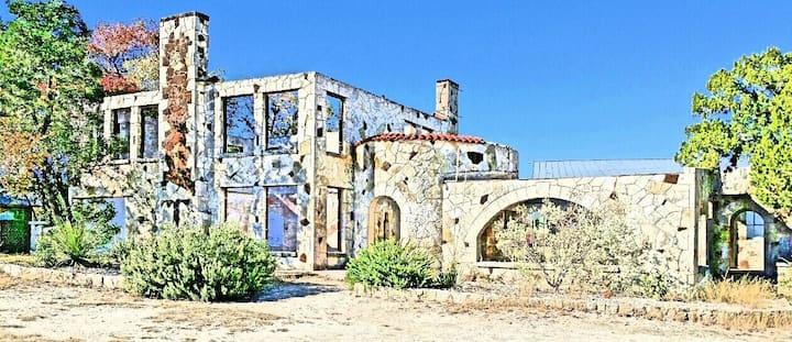Amah's Cottage ~ Silver Spur Dancehall Ruins ~